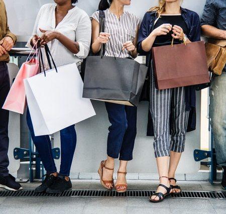 consumer-spending-rise